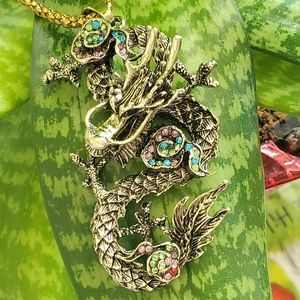 Betsey Johnson dragon necklace